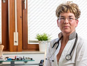 Dr. med. Coloma Herold